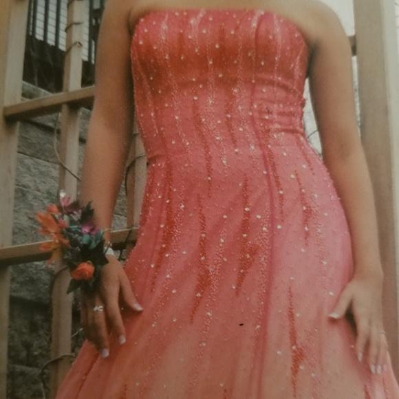 Riva Designs Dresses & Skirts - Prom Dress